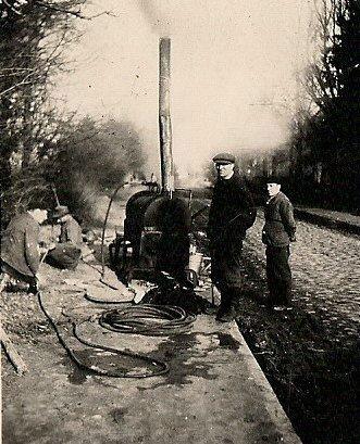 Odmrażanie wodociagu w Gizycku 1946 r.