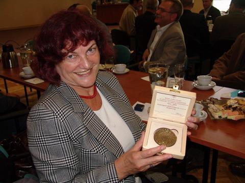 Anna Święchowicz otrzymała złotą odznakę PZITS